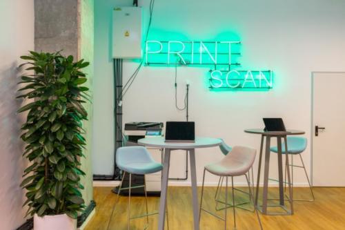 LivinnX Kraków – Leasing Office Print Scan