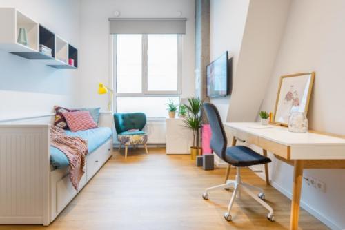 LivinnX Kraków – 1 – person unit bedroom