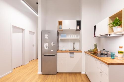 LivinnX Kraków – 2 – person unit Kitchen