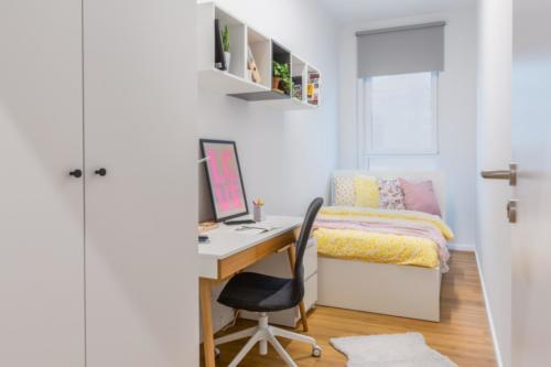 LivinnX Kraków – 2 – person unit Bedroom 1